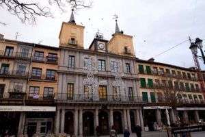 Ayuntamiento en la Plaza Mayor de Segovia
