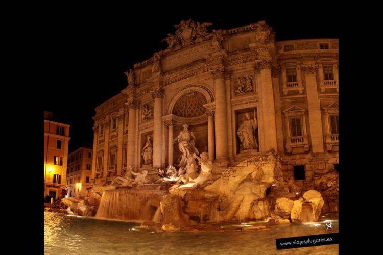 Domando las aguas. Fontana de Trevi en Roma