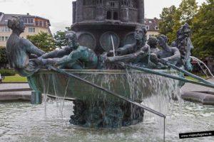 Historiensäule. Coblenza. Alemania