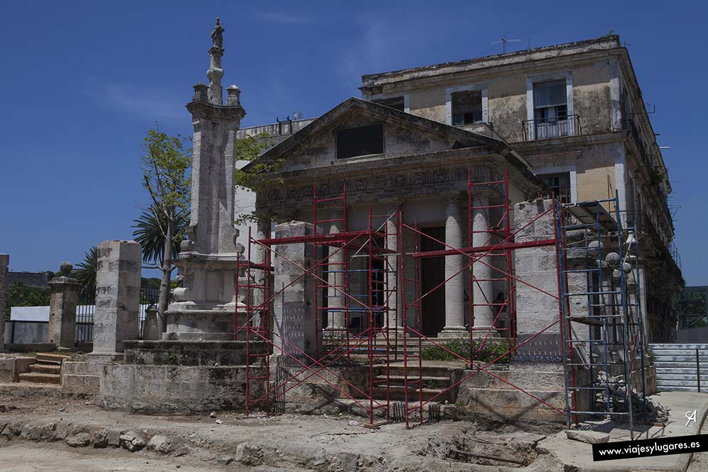 Templete. Paseando por la Habana Vieja