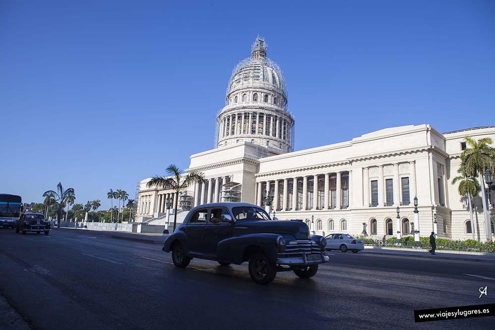 El Capitolio. Paseando por Centro Habana