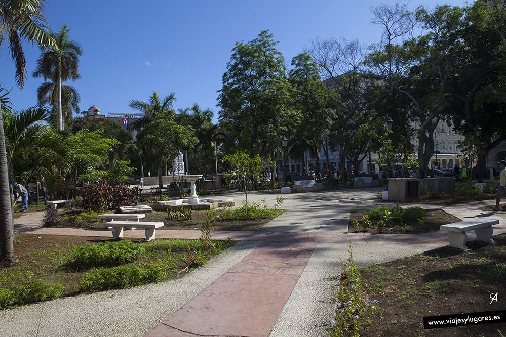 Parque Central. Paseando por Centro Habana
