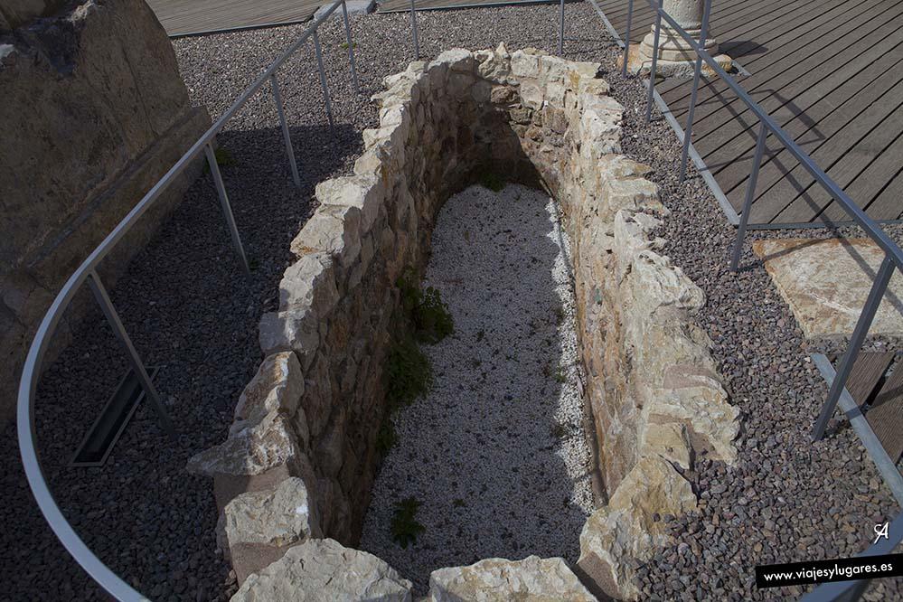 El Molinete: Templo