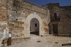 Porta Nova en el pueblo de Culla en Castellón