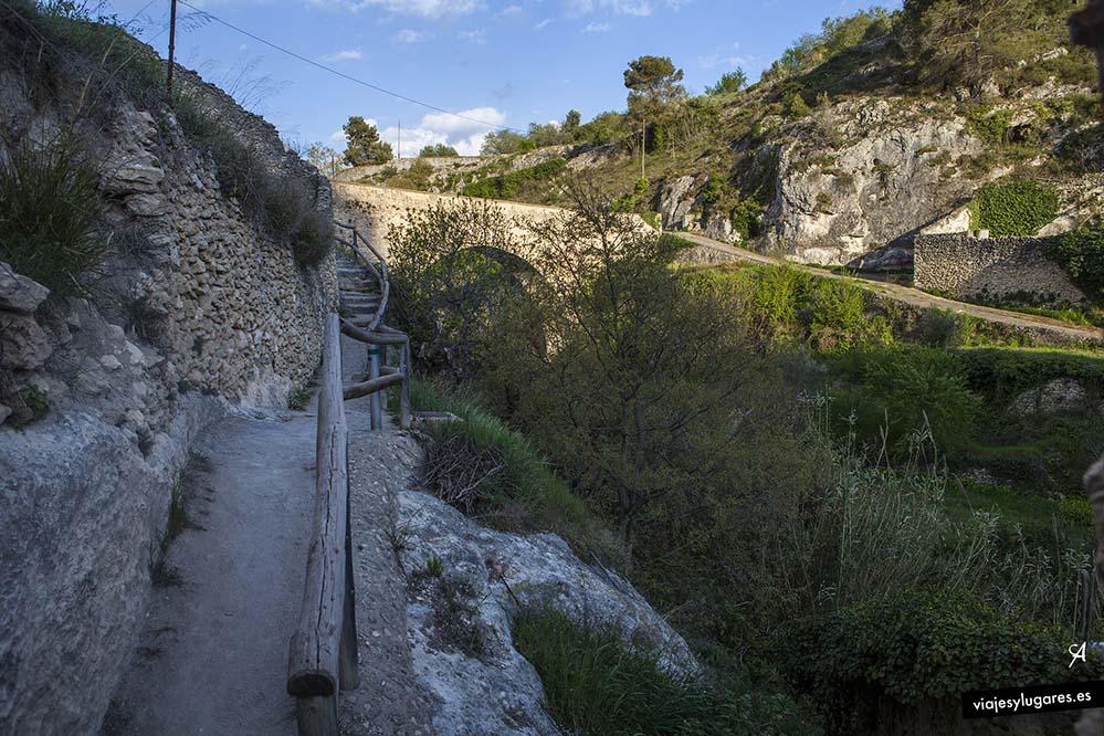 Pont de Darrere la Villa. Puente detrás del pueblo, en Bocairent
